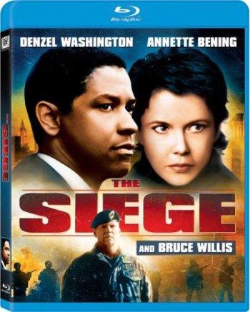 Смотреть онлайн Осада / The Siege (1998)